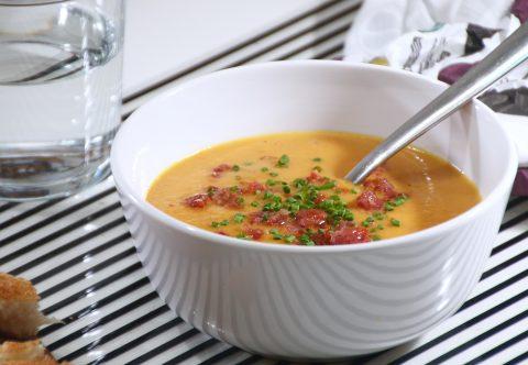 Morotssoppa med salsiccia