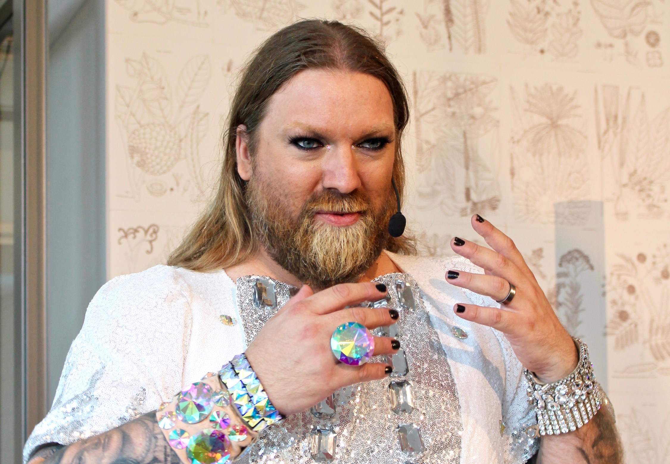 Rickard Söderberg som Snödrottningen på Artipelag