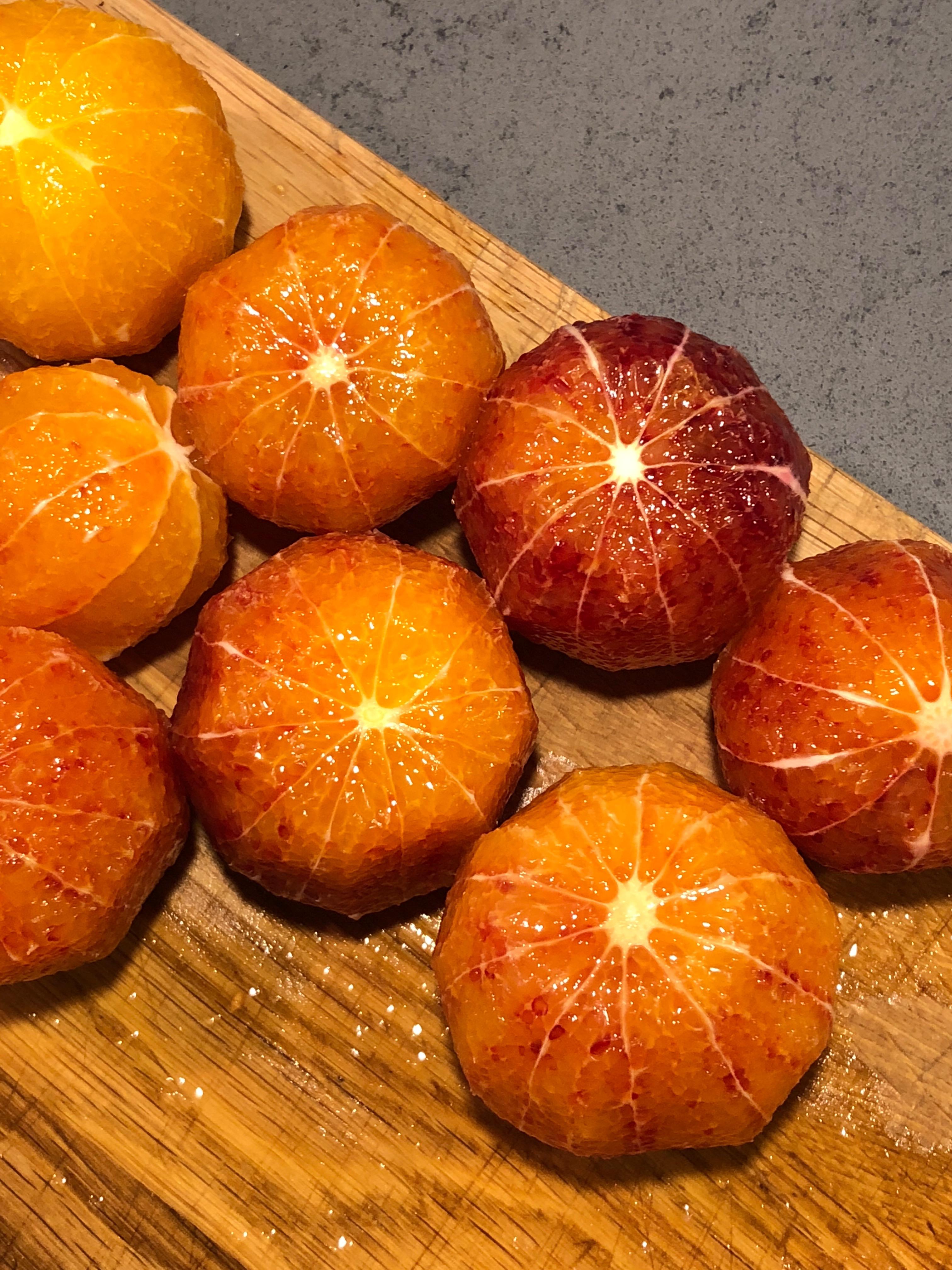 Pandoro med mascarponefluff och blodapelsin