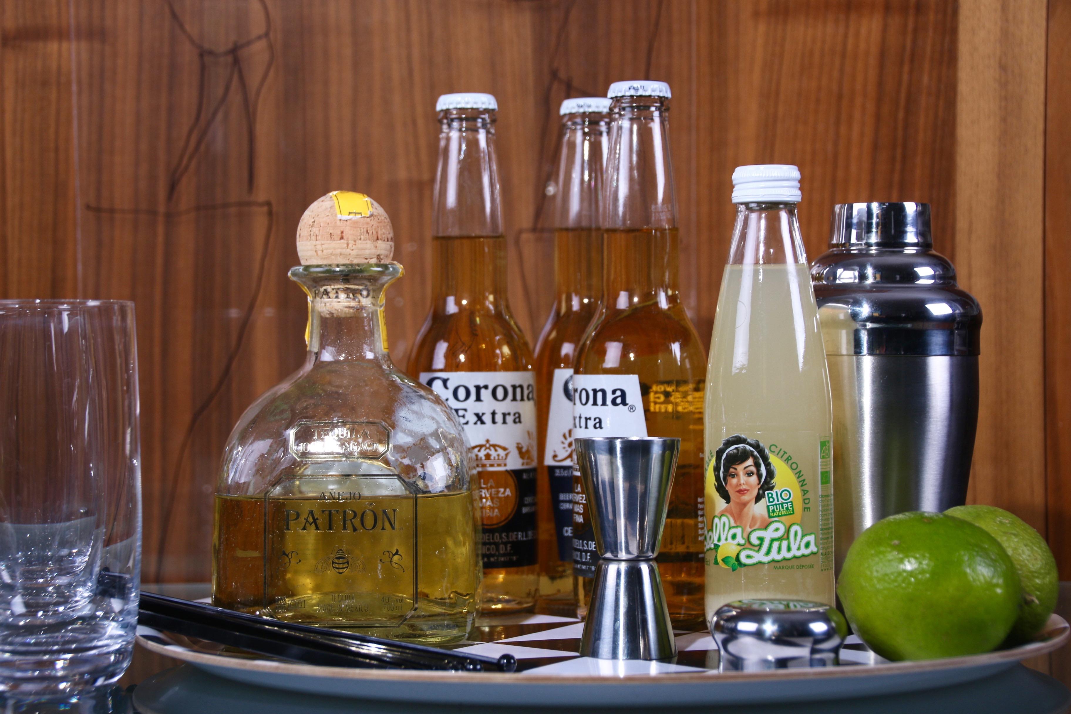 Beer cocktails - Corona Float
